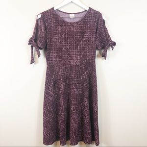 New! Kaileigh Wine Split Sleeve Flare Dress S NWOT